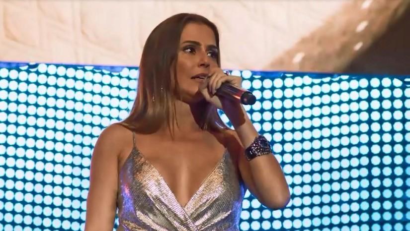 karola_é_desmascarada_e_humilhada_em_show_de_beto_falcao_deborah_secco