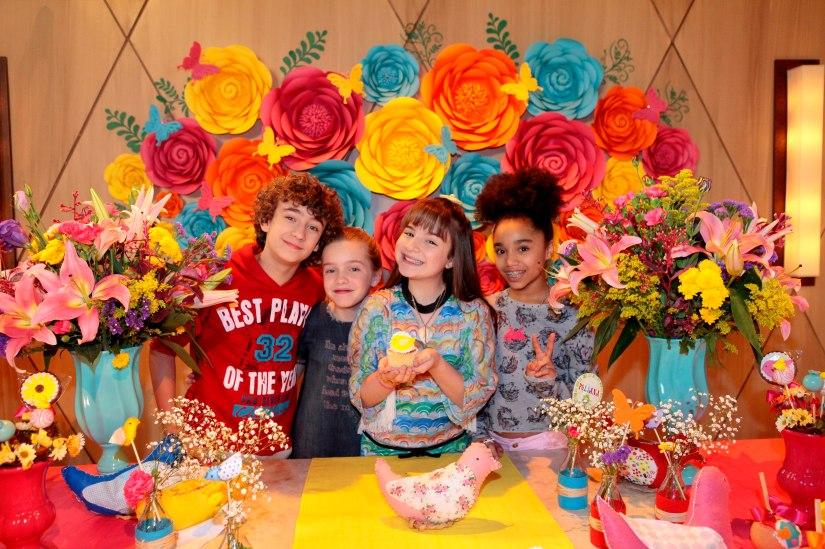 Poliana recebe parabéns de Familiares e Amigos_Foto Lourival Ribeiro)_SBT (10)
