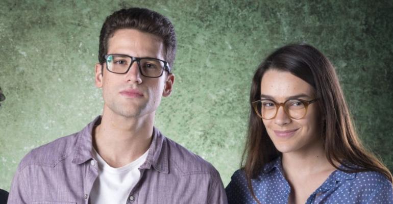 BOM SUCESSO Felipe e Evelyn.jpg